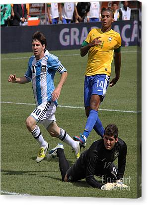 Lionel Messi Beats Rafael Cabral Canvas Print by Lee Dos Santos