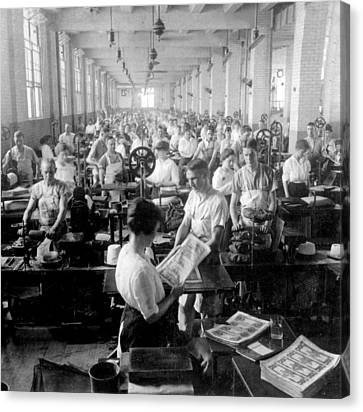 Making Money At The Bureau Of Printing And Engraving - Washington Dc - C 1916 Canvas Print by International  Images