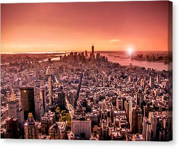 Manhattan In Red Canvas Print by Nicklas Gustafsson