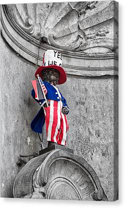 Manneken Pis On The Fourth Of July Canvas Print by Georgia Fowler