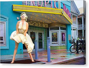 Marilyn Monroe In Front Of Tropic Theatre In Key West Canvas Print by David Smith
