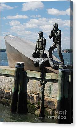 Memorial To Mariners Canvas Print by Tony Mills