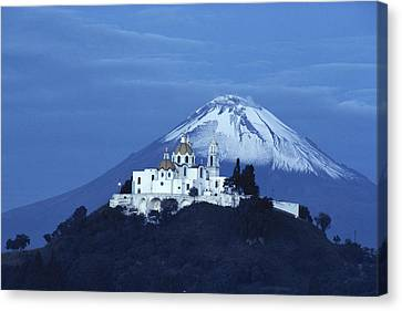 Mexico, Cholula, Catholic Church Canvas Print by Keenpress