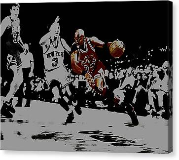 Michael Jordan Drive To The Basket Canvas Print by Brian Reaves