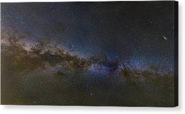Milky Way South Canvas Print by Charles Warren