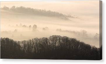 Misty Morning At Cumberland Gap Canvas Print by Brian M Lumley