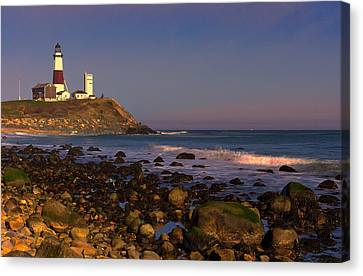 Montauk Lighthouse Canvas Print by William Jobes
