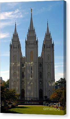 Mormon Temple Fall Canvas Print by David Lee Thompson