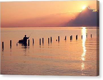 Morning Fisherman Canvas Print by Noel Hankamer