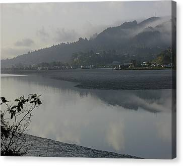 Morning Fog Canvas Print by Vari Buendia