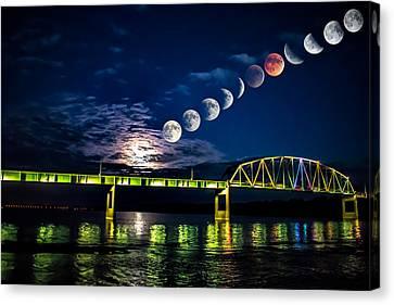 Muscatine Bridge Lunar Eclipse 9-27-15 Canvas Print by Paul Brooks