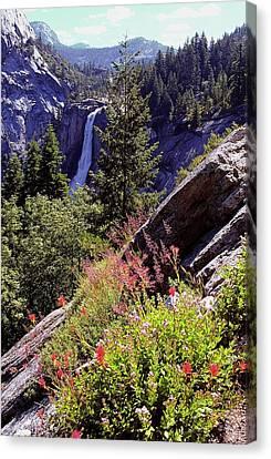 Nevada Falls Yosemite National Park Canvas Print by Alan Lenk