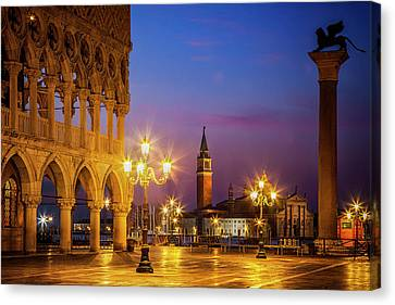 New Day At St. Marks Canvas Print by Andrew Soundarajan