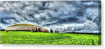 Newgrange's Rolling Thunder Canvas Print by Kim Shatwell-Irishphotographer