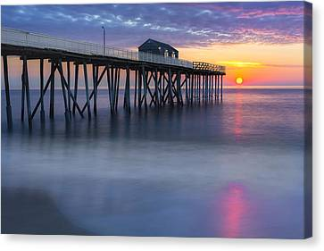 Nj Shore Pier Sunrise Canvas Print by Susan Candelario