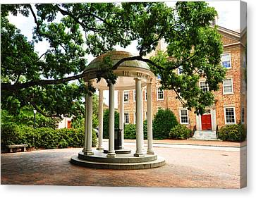 North Carolina A Student's View Of The Old Well And South Building Canvas Print by Replay Photos