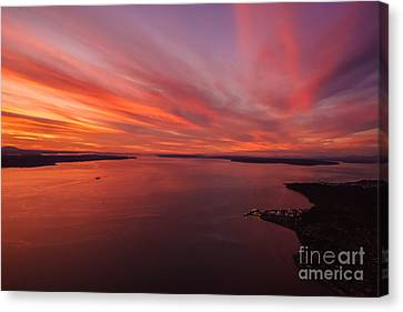 Northwest Searing Sunset Palette Canvas Print by Mike Reid