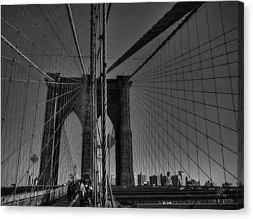 Nyc - Brooklyn Bridge 001 Bw Canvas Print by Lance Vaughn