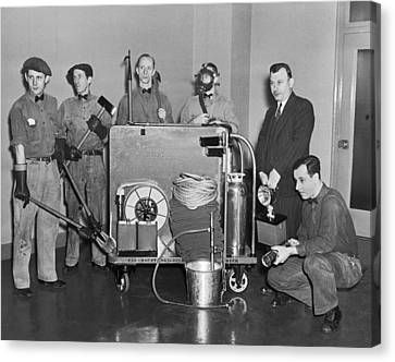Nyc Civil Defense Team Canvas Print by Underwood Archives