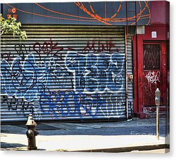 Nyc Graffiti Canvas Print by Chuck Kuhn