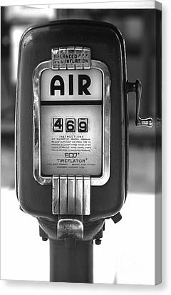 Old Air Pump Canvas Print by Arni Katz