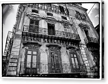 Old Building In Sicily Canvas Print by Madeline Ellis