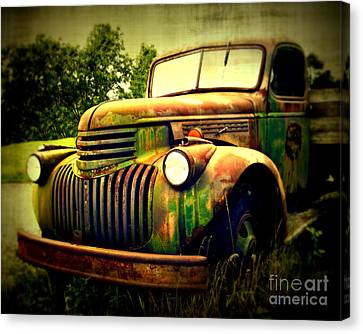 Old Flatbed 2 Canvas Print by Perry Webster