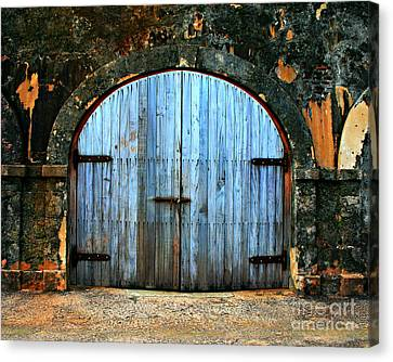 Old Fort Doors Canvas Print by Perry Webster