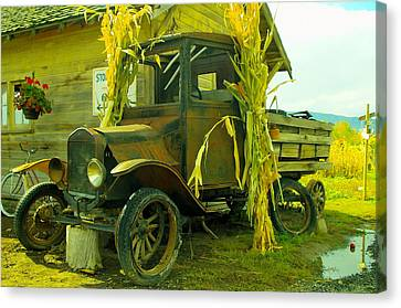Old Model T  Canvas Print by Jeff Swan