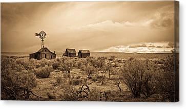 Old West Farm Canvas Print by Steve McKinzie