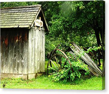 Old Wood Shed Canvas Print by Scott Hovind
