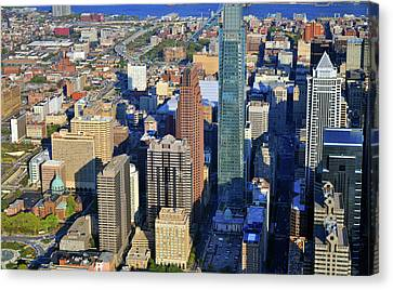 One Logan 1717 Arch Comcast Center Canvas Print by Duncan Pearson