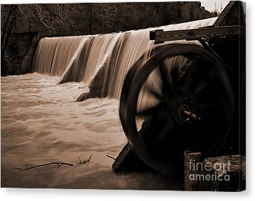 Panther Valley Water Wheel Canvas Print by Fred Lassmann