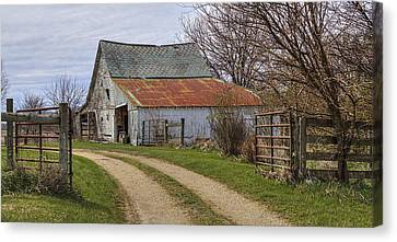 Path To The Old Barn Canvas Print by William Sturgell