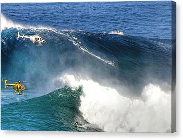 Peahi Maui Canvas Print by Dustin K Ryan