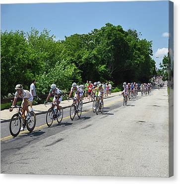 Philadelphia Bike Race - Manayunk Avenue Canvas Print by Bill Cannon