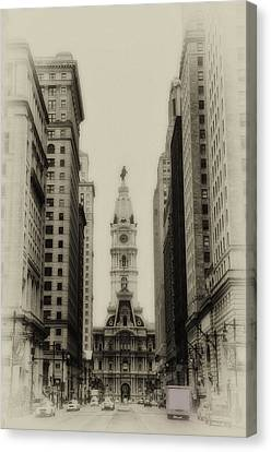 Philadelphia City Hall From South Broad Street Canvas Print by Bill Cannon