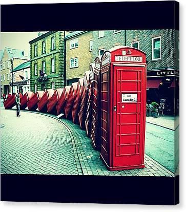 #photooftheday #london #british Canvas Print by Ozan Goren