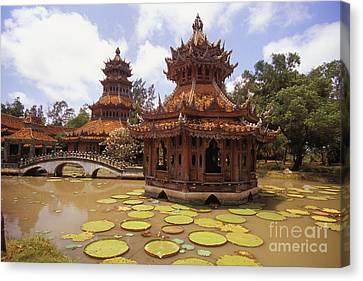 Phra Kaew Pavillion Canvas Print by Bill Brennan - Printscapes