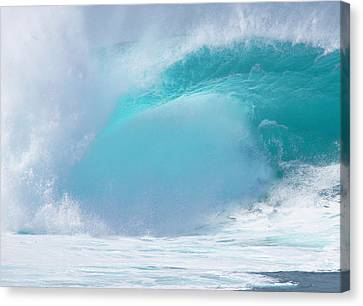 Pipeline First Reef Canvas Print by Kevin Smith