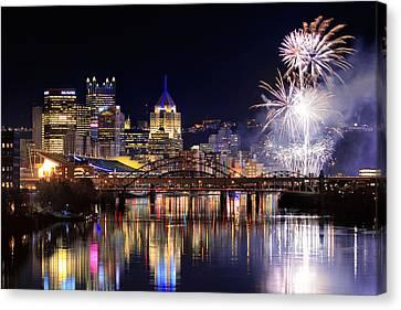 Pittsburgh 1  Canvas Print by Emmanuel Panagiotakis