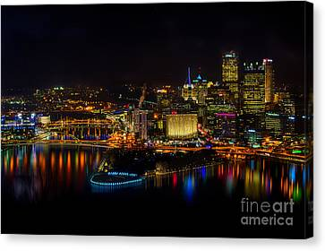 Pittsburgh Pennsylvania City Skyline At Night Canvas Print by Amy Cicconi