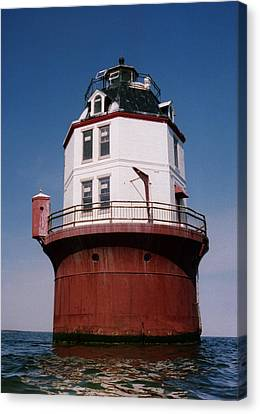 Point No Point Lighthouse Chesapeake Bay Maryland Canvas Print by Wayne Higgs