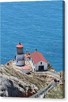 Point Reyes Lighthouse In California 7d15975 Canvas Print by Wingsdomain Art and Photography