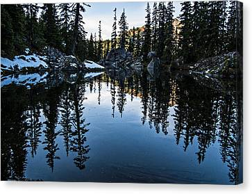 Pond On The Pacific Crest Trail Canvas Print by Pelo Blanco Photo