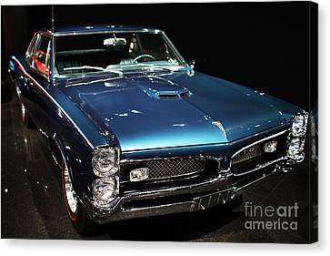 Pontiac Gto 2 Canvas Print by Wingsdomain Art and Photography