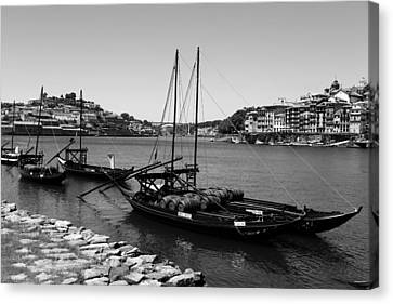 Porto 11b Canvas Print by Andrew Fare