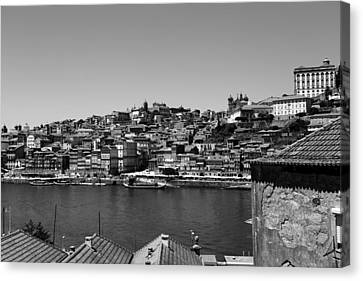 Porto 13b Canvas Print by Andrew Fare