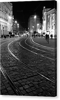 Praga At Night Canvas Print by Stelios Kleanthous