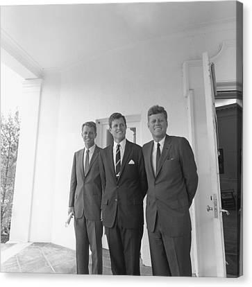 President John Kennedy Canvas Print by Everett